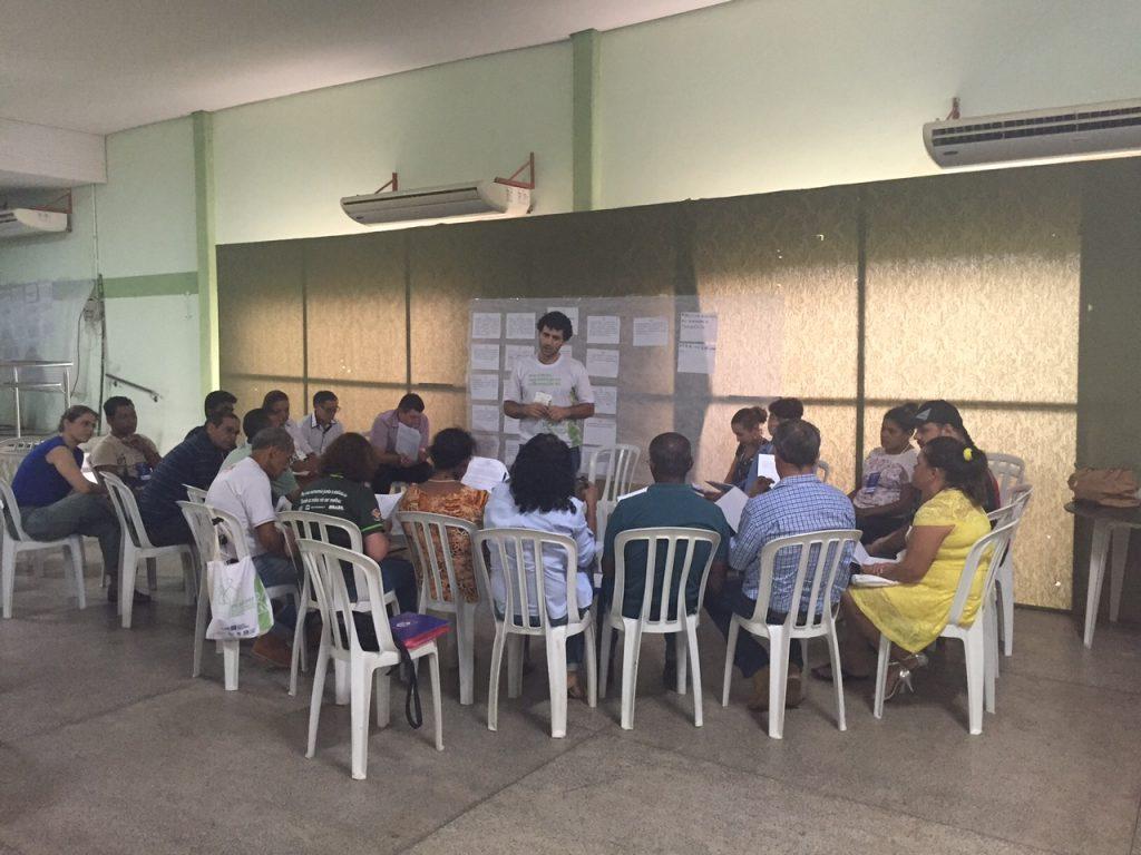 Grupo discute as propostas para comercialização e agregação de valor